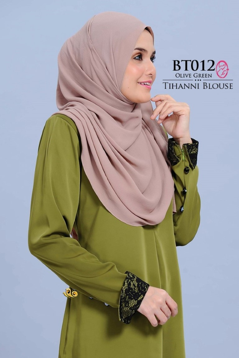 BLOUSE SATIN TIHANNI II BT012 AA