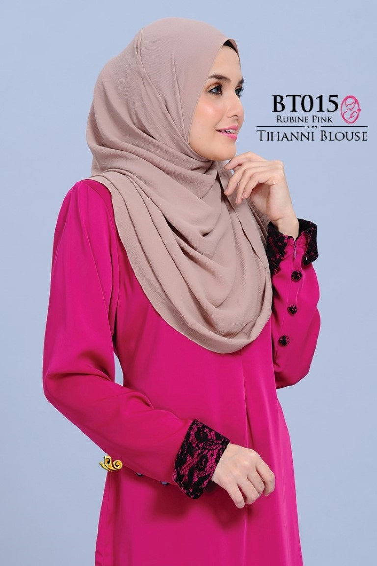 BLOUSE SATIN TIHANNI II BT015