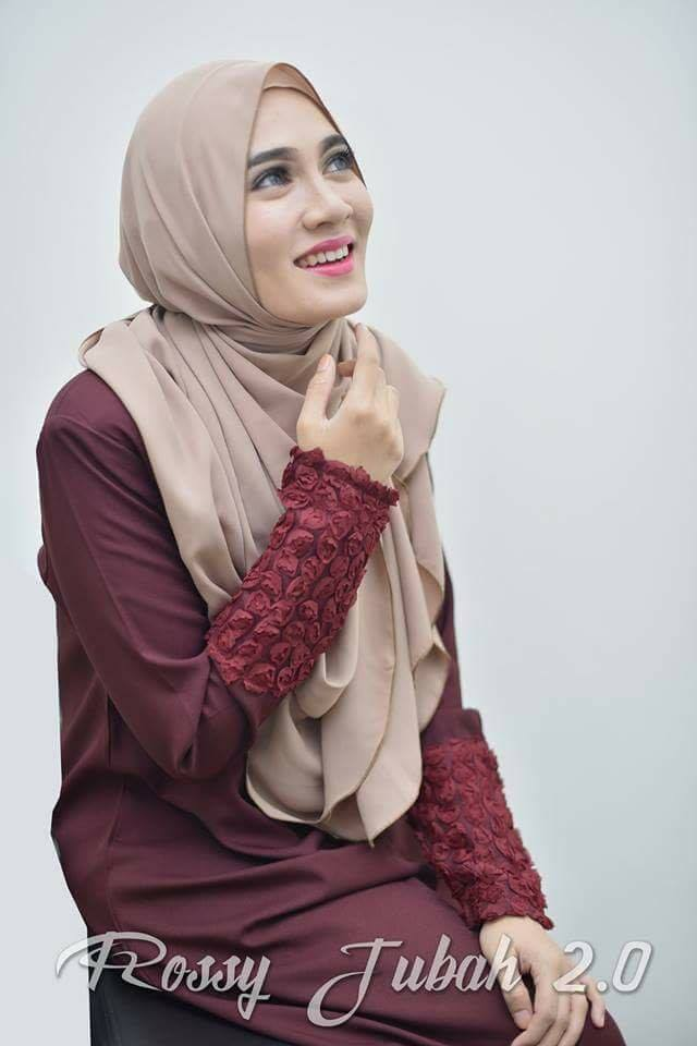 DRESS MUSLIMAH CREPE ROSSY RED