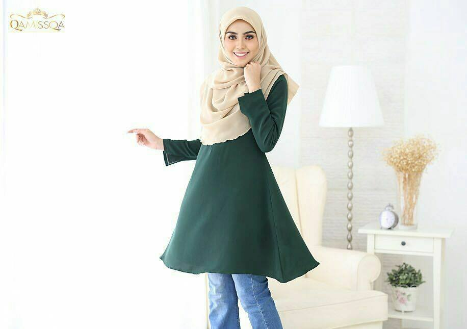 LONG TOP CREPE MUSLIMAH LEESA EMERALD GREEN B