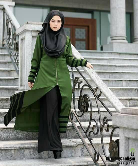long-cardigan-elly-dark-green-b