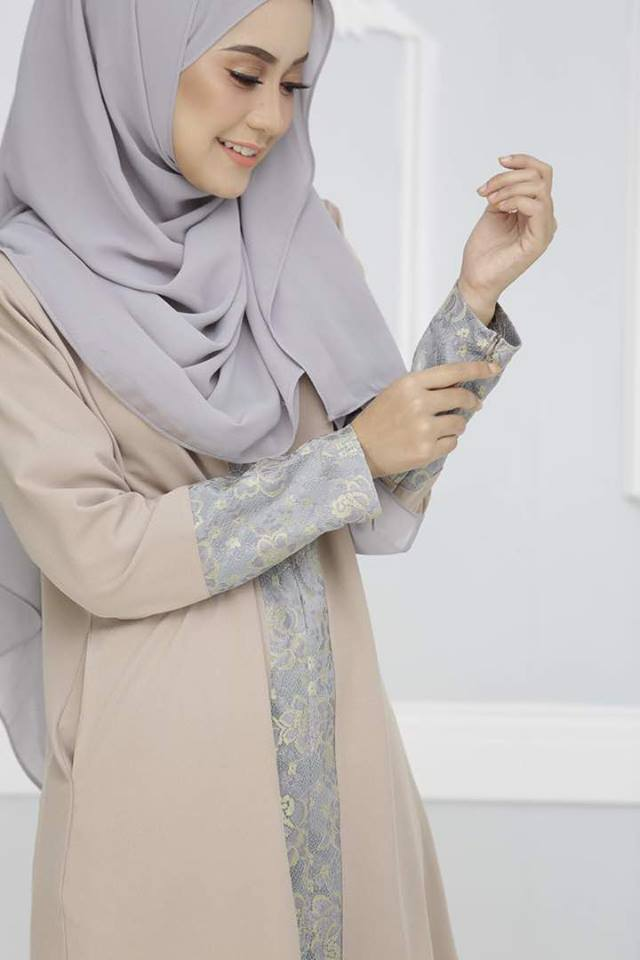 KURUNG SOPHIE CLOSE UP