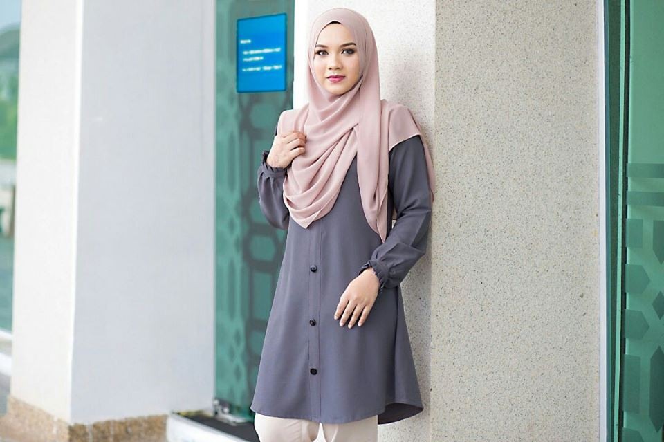 BLOUSE MUSLIMAH IRIS DARK GREY A