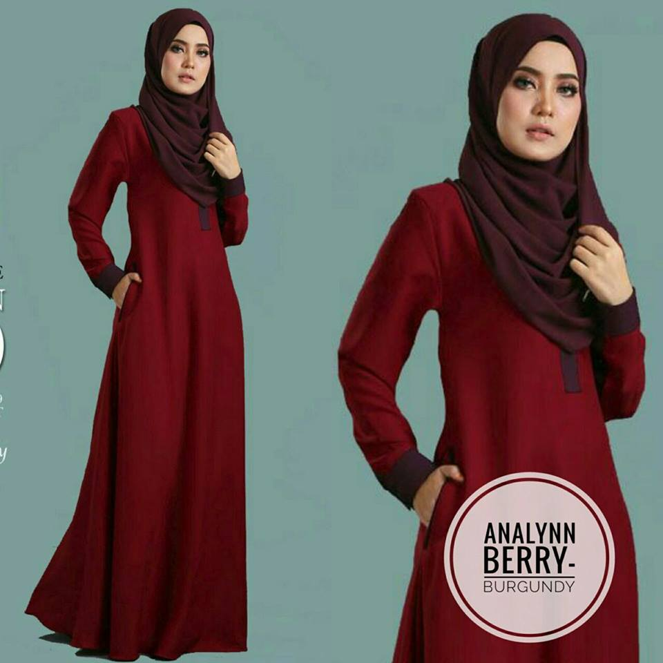 JUBAH ANALYNN BERRY BURGUNDY