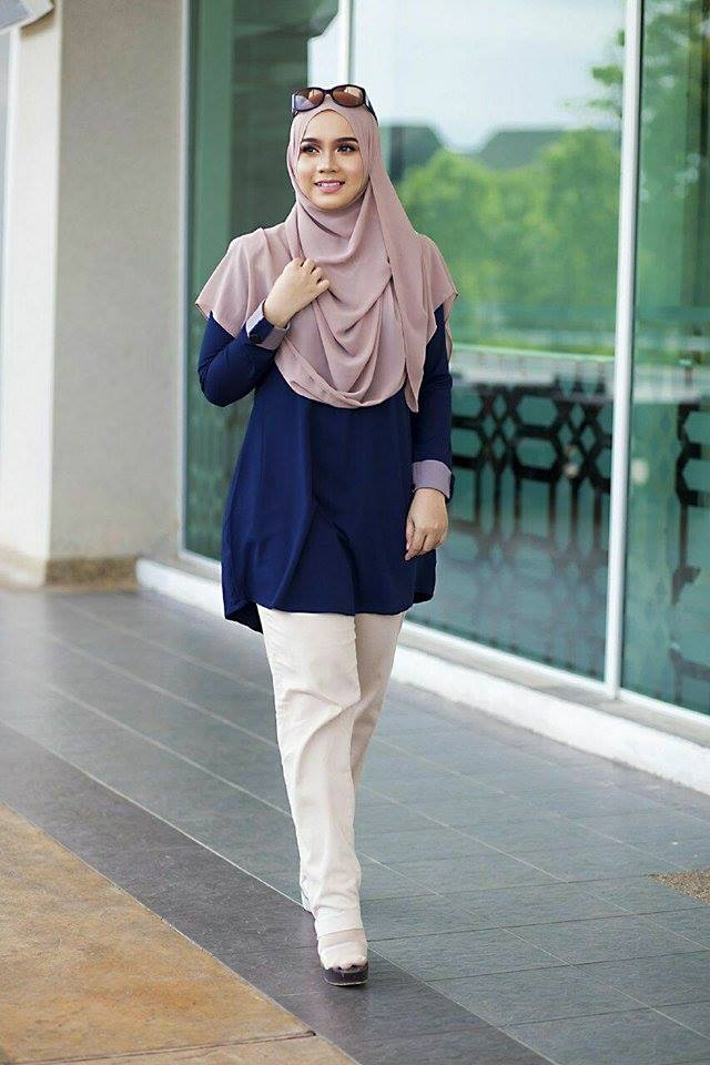 BLOUSE MUSLIMAH ASTER DARK BLUE 1