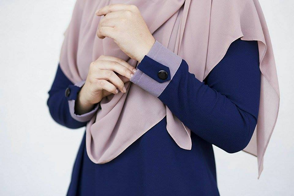 BLOUSE MUSLIMAH ASTER DARK BLUE 2