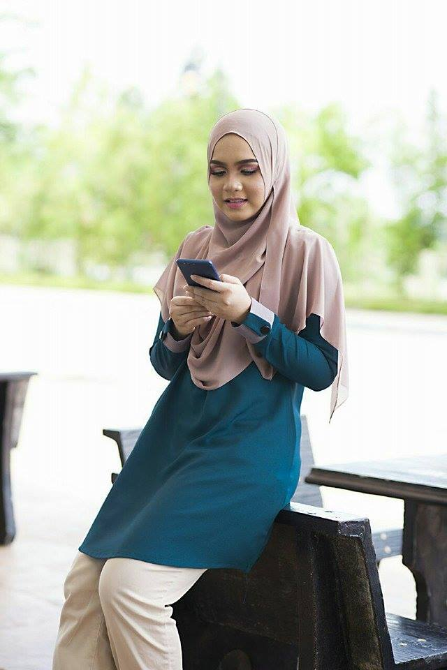 BLOUSE MUSLIMAH ASTER DEEP TURQOISE 1