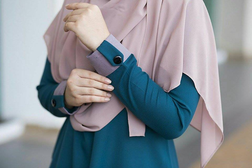 BLOUSE MUSLIMAH ASTER DEEP TURQOISE 3