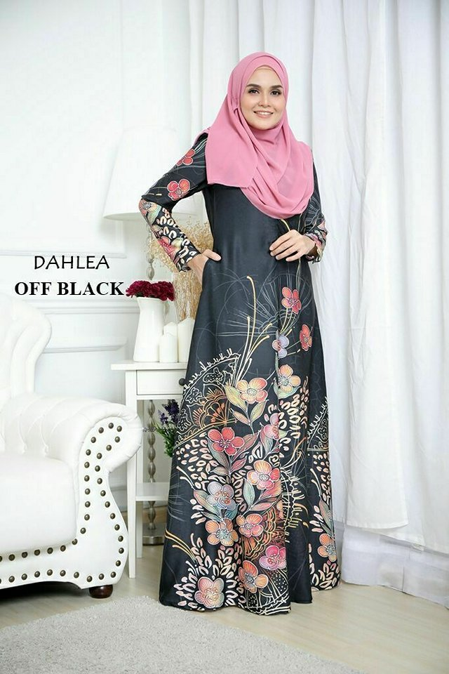 JUBAH DAHLEA OFF BLACK