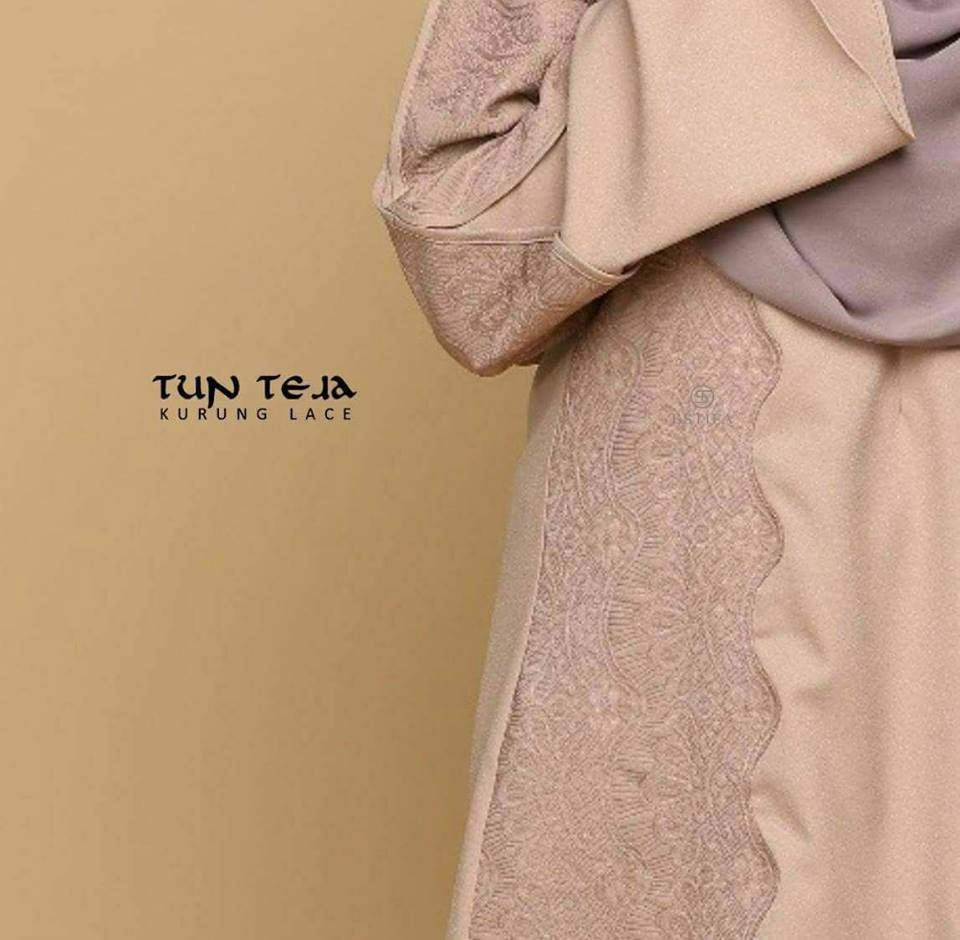 KURUNG RAYA LACE TUN TEJA CLOSE UP 2