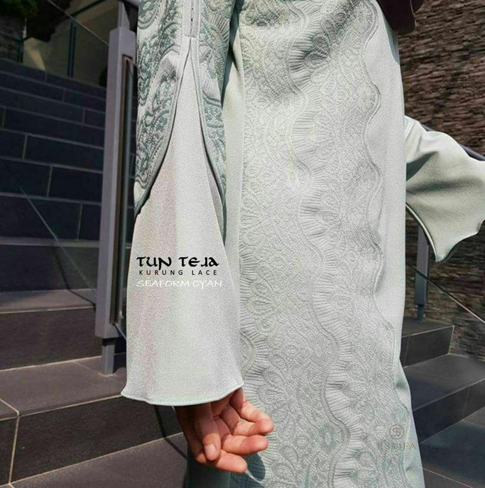 KURUNG RAYA LACE TUN TEJA CLOSE UP