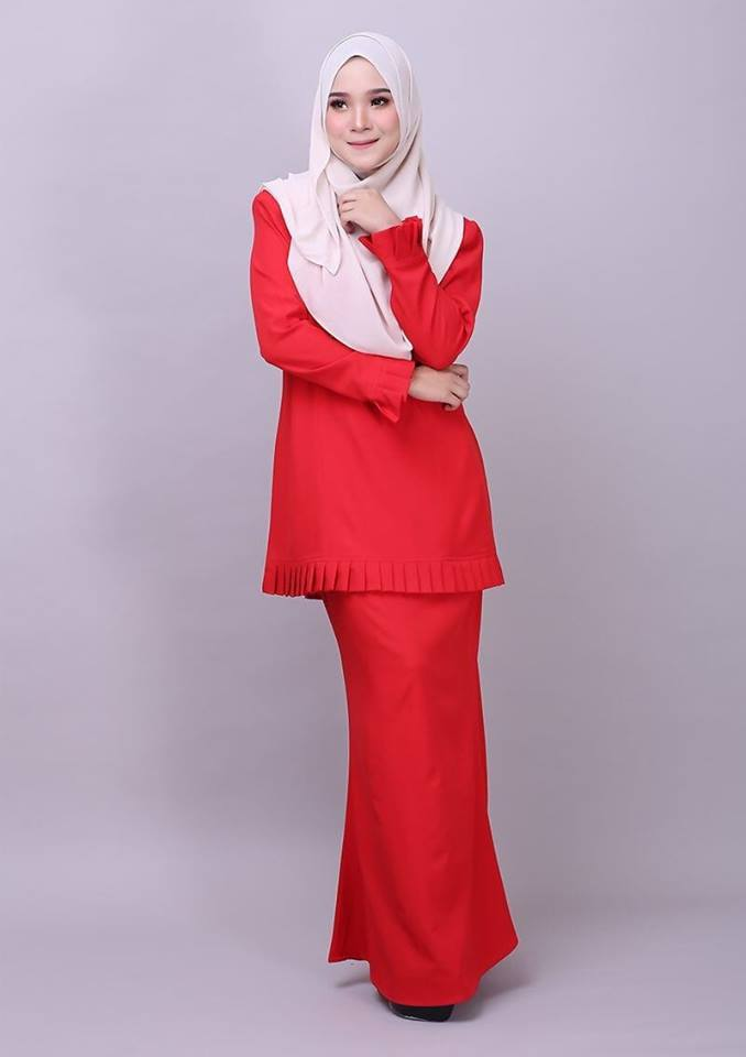 KURUNG MODEN PLEATED COMO CREPE MELUR RED 2