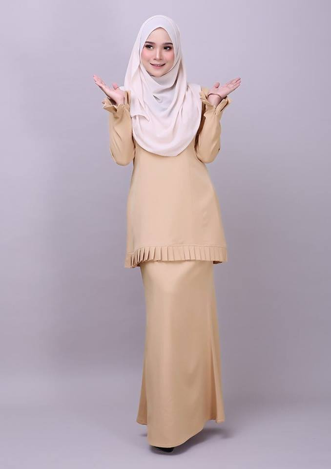 KURUNG MODEN PLEATED COMO CREPE MELUR SOFT YELLOW 1