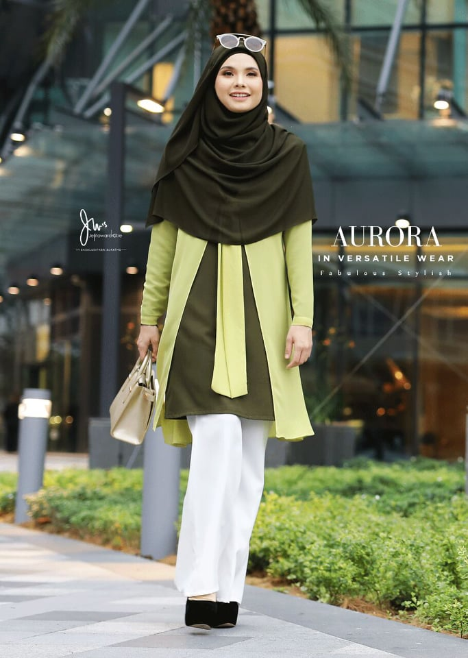 BLOUSE VERSATILE AURORA HILL GREEN 3