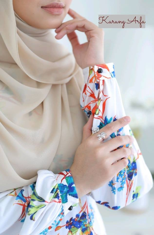 KURUNG MODEN MUSLIMAH IRONLESS LCYRA ARFA CLOSE UP 1