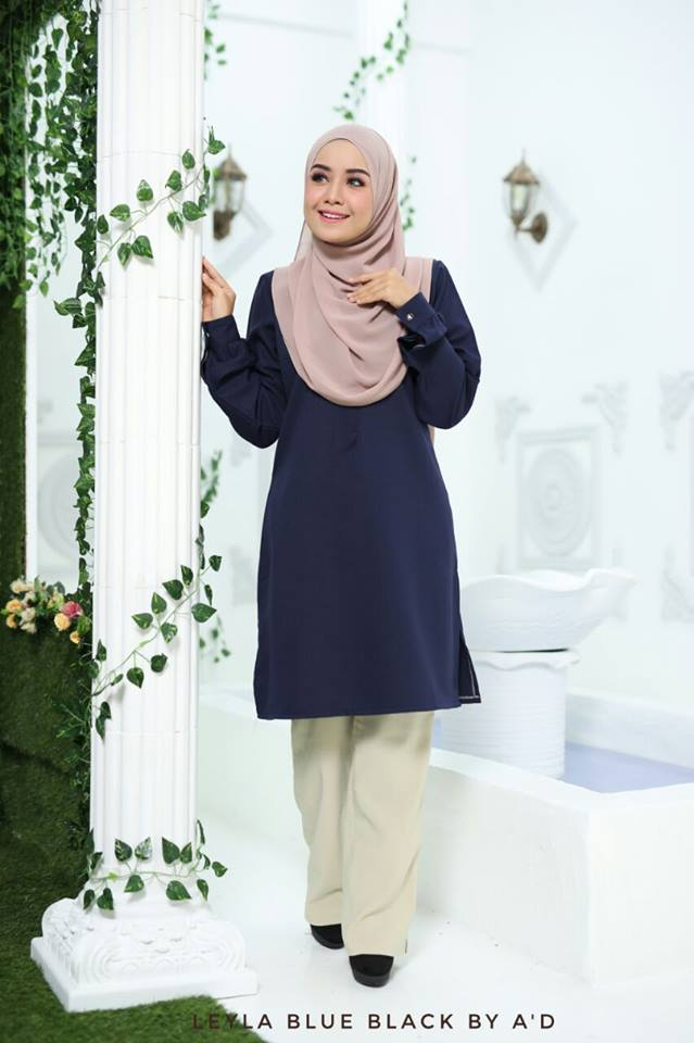 BLOUSE CREPE LEYLA BLUE BLACK 1