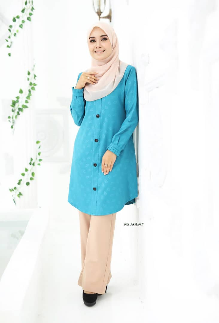 BLOUSE MUSLIMAH IRIS EMBOSSED AQUA DEEP BLUE 2