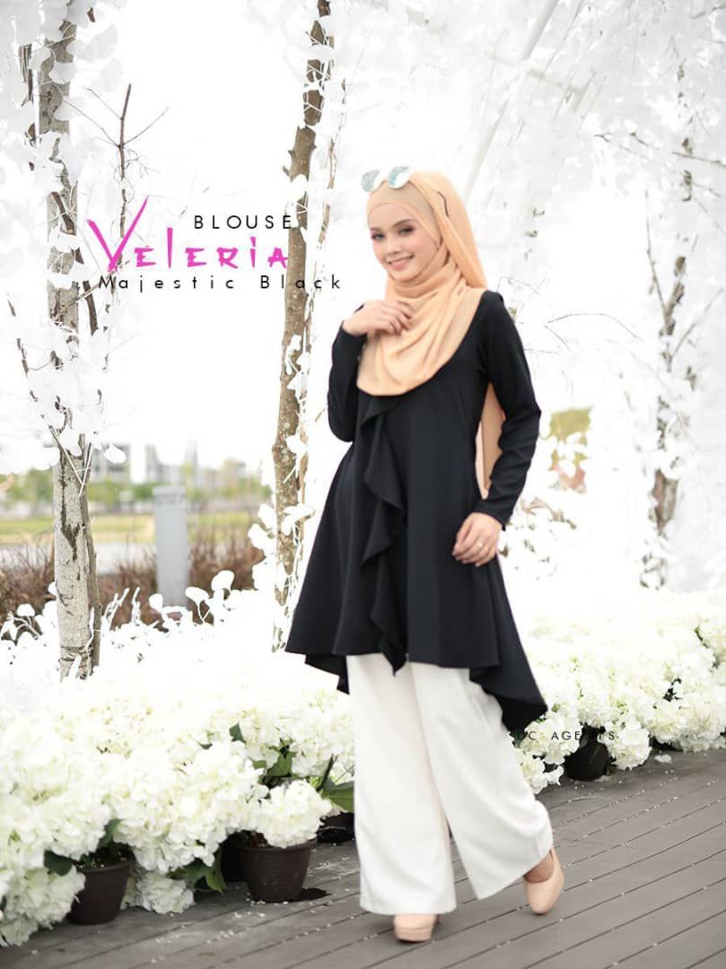 BLOUSE MUSLIMAH TERKINI LUXURY CREPE VELERIA BLACK 1