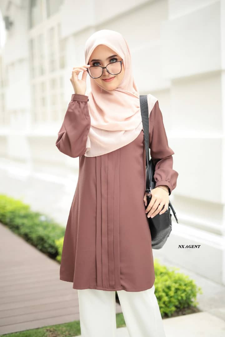 BLOUSE MUSLIMAH POLOS JAMEELA LIGHT COFFEE 3
