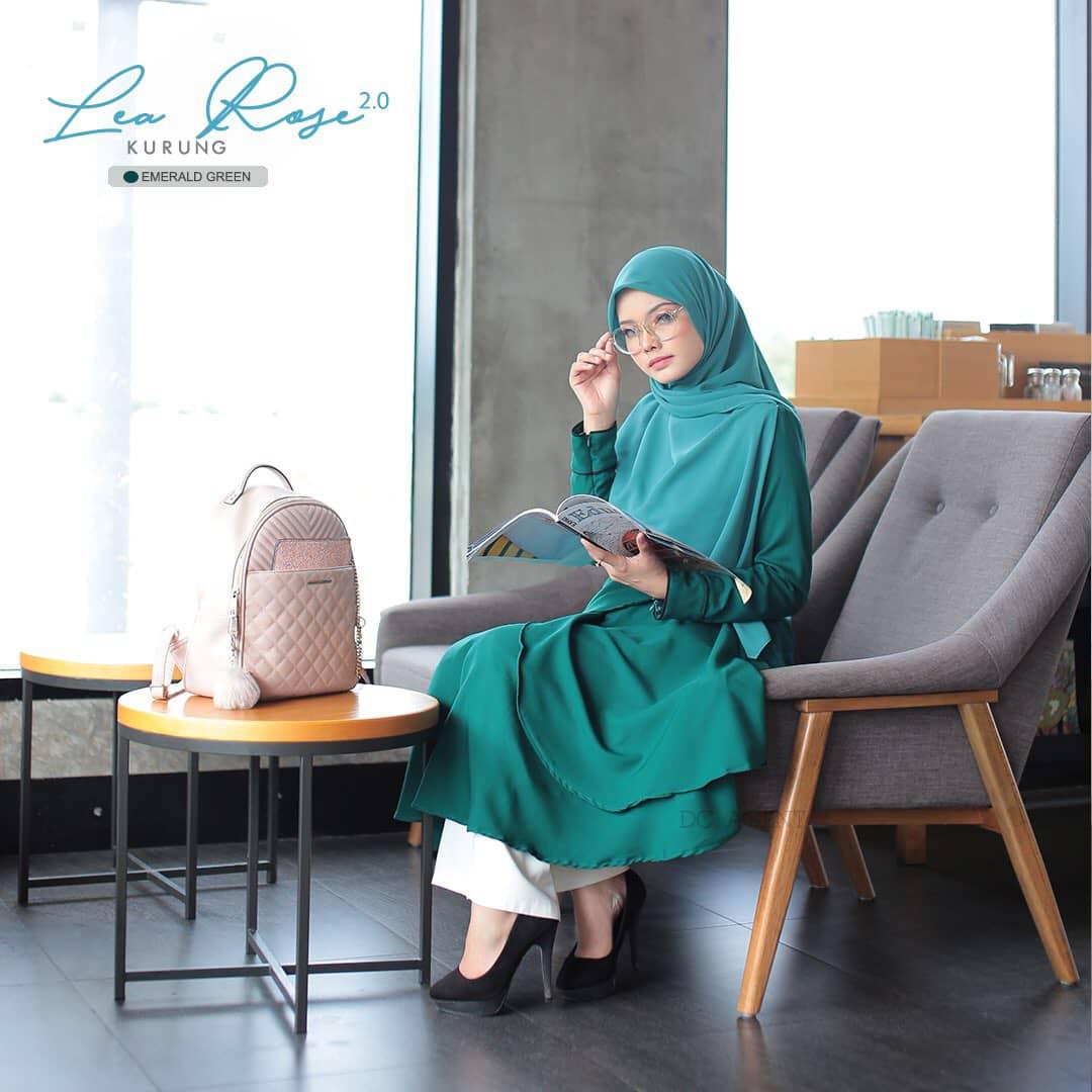 SUIT MUSLIMAH TERKINI LEA ROSE EMERALD GREEN 4
