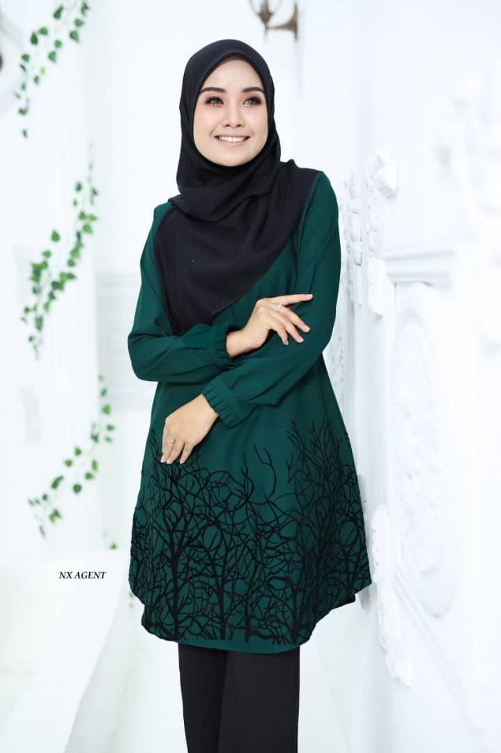BLOUSE MUSLIMAH TERKINI CAMELIA EMERALD GREEN 1