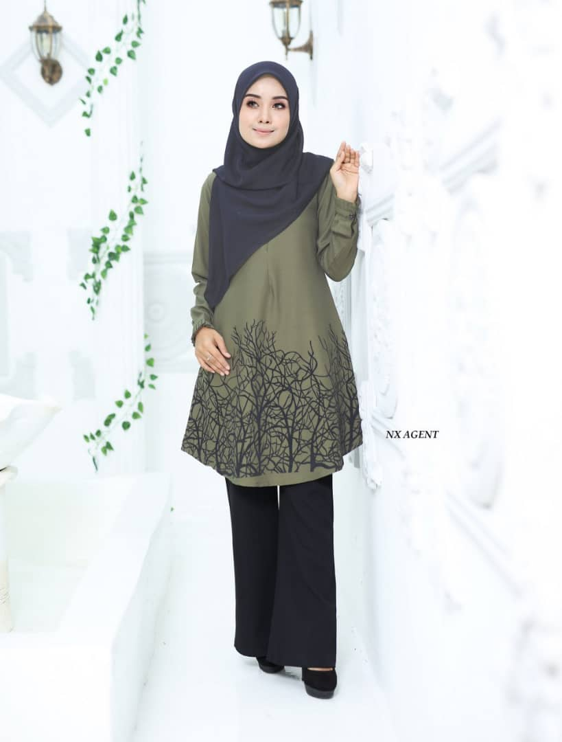 BLOUSE MUSLIMAH TERKINI CAMELIA OLIVE GREEN 1