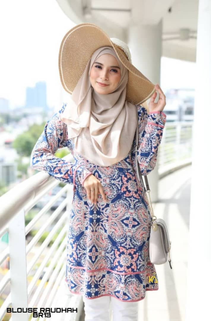 BLOUSE MUSLIMAH TRAVEL FRIENDLY IRONLESS RAUDHAH BR
