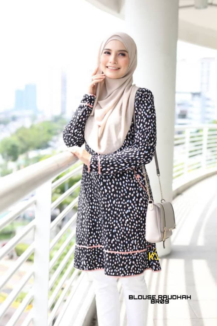 BLOUSE MUSLIMAH TRAVEL FRIENDLY IRONLESS RAUDHAH BR09