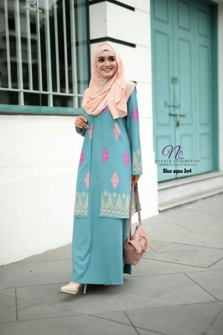 JUBAH LAYER SONGKET NAYRA BLUE