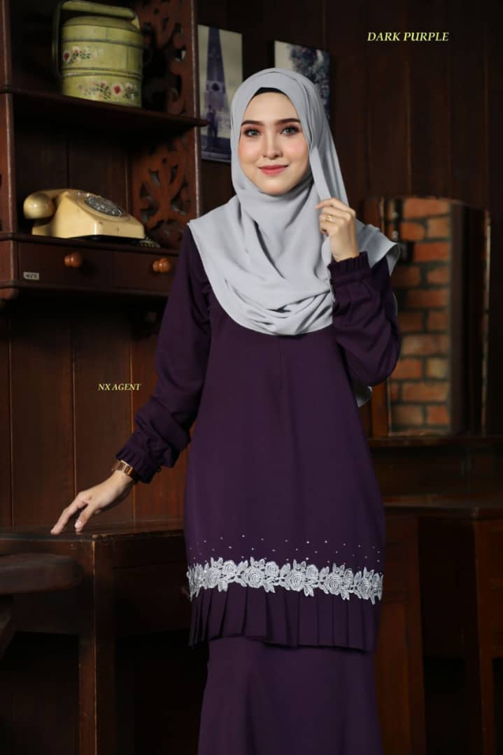 KURUNG MODEN LIANY EKSKLUSIF DARK PURPLE 2