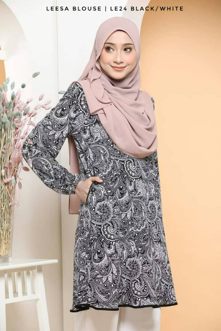 BLOUSE MUSLIMAH TRAVEL FRIENDLY LYCRA LEESA LE24 1