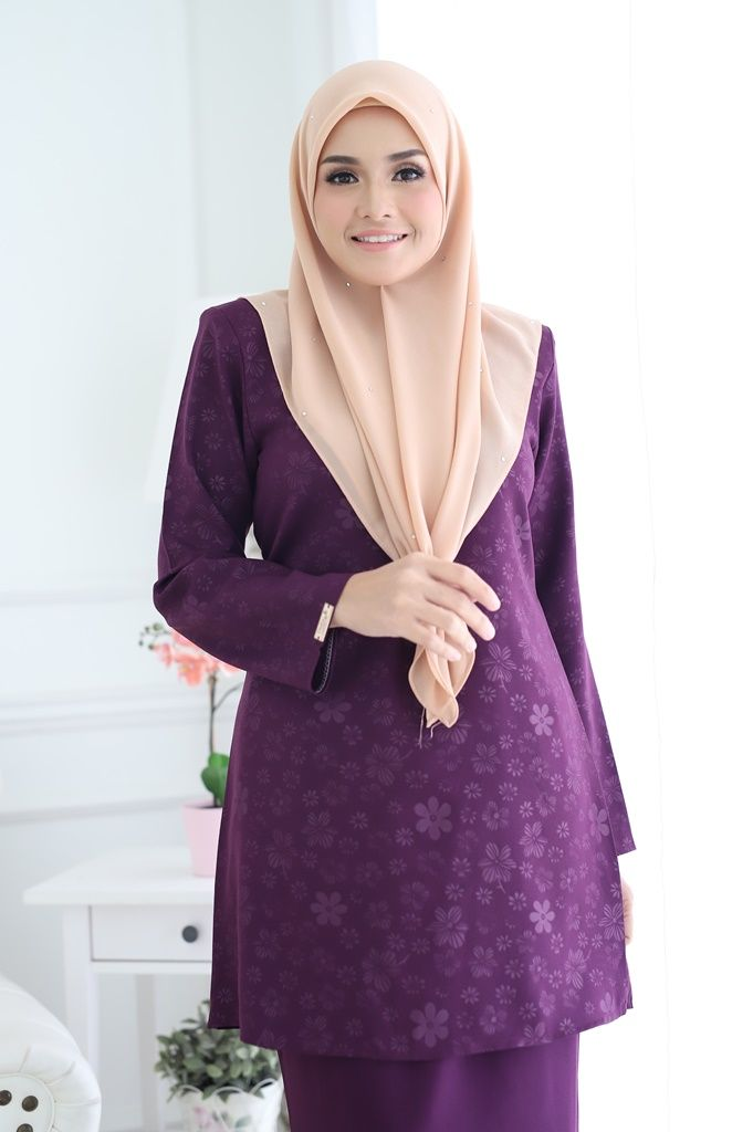 BAJU KURUNG MODEN RAYA 2019 AQEELA EMBOSSED GRAPE 3