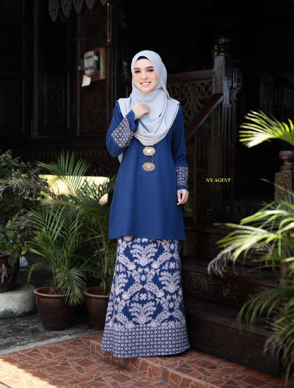 BAJU KURUNG MODEN BATIK LATIFA RAYA 2019 DARK ROYAL BLUE 1