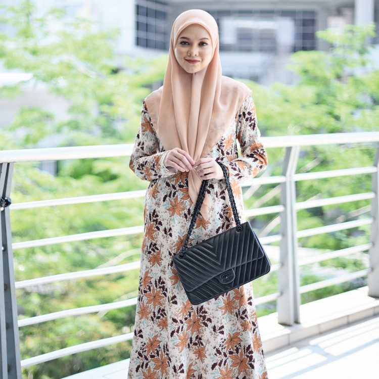 JUBAH PRINTED AIRIS RAYA 2019 NATURAL BROWN 2
