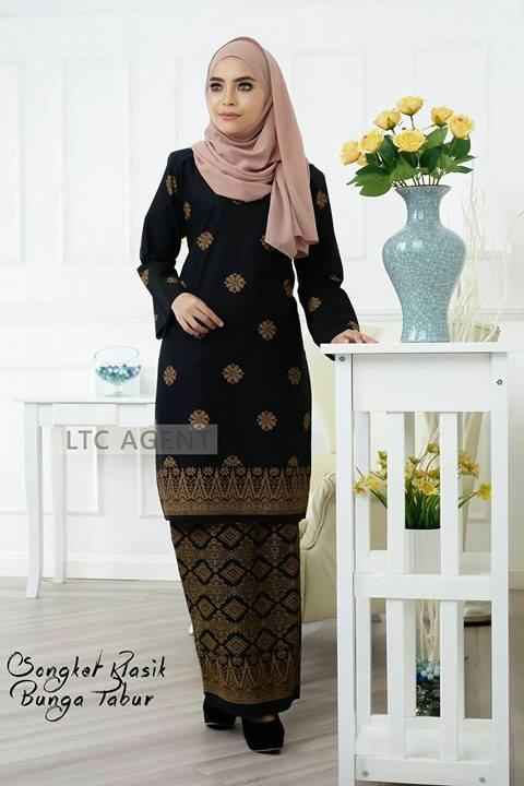 Baju Kurung Moden Songket Bunga Tabur Black 2 Saeeda Collections